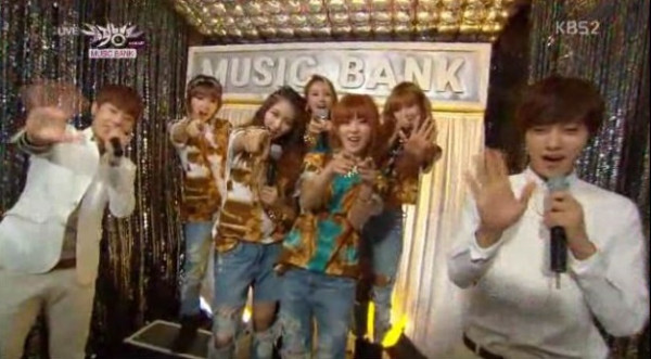 [CAP] 4Minute with Sunggyu and L Infinite at Music Bank ...